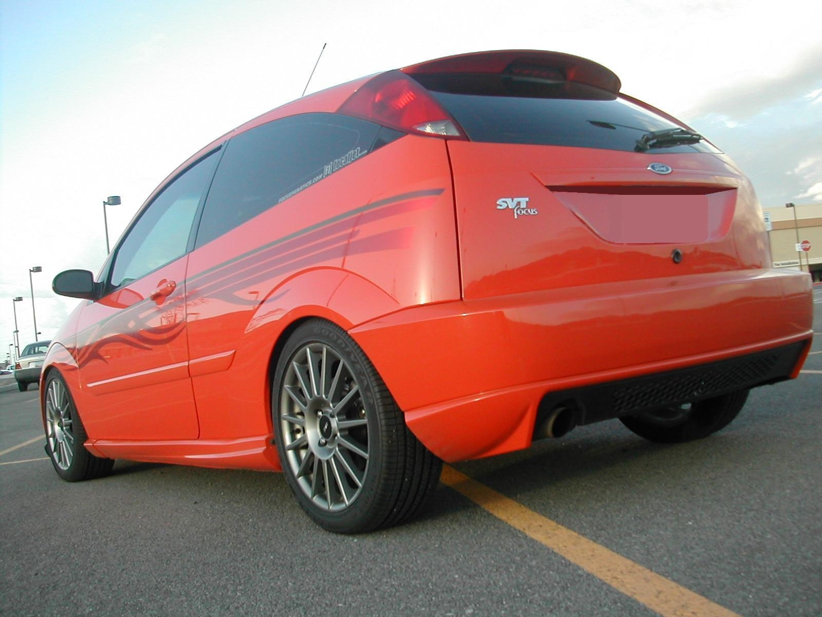 95mazdaprecidia 2003 Ford Focus