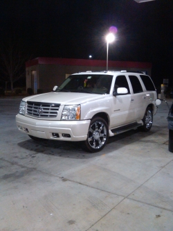 Natjr28s 2004 Cadillac Escalade