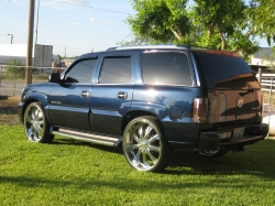 Tano83s 2004 Cadillac Escalade
