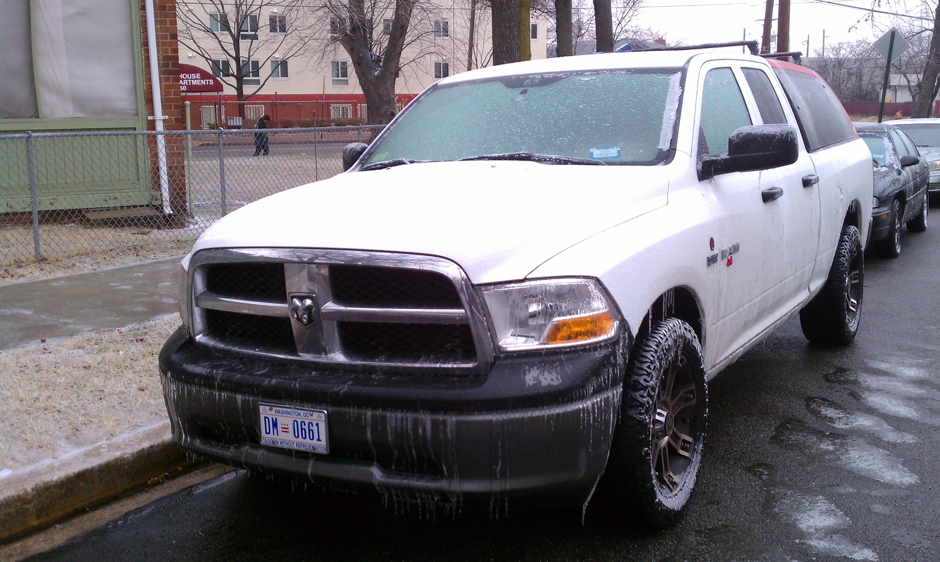 3733minn 39 s 2010 dodge ram 1500 quad cab in washington dc. Black Bedroom Furniture Sets. Home Design Ideas