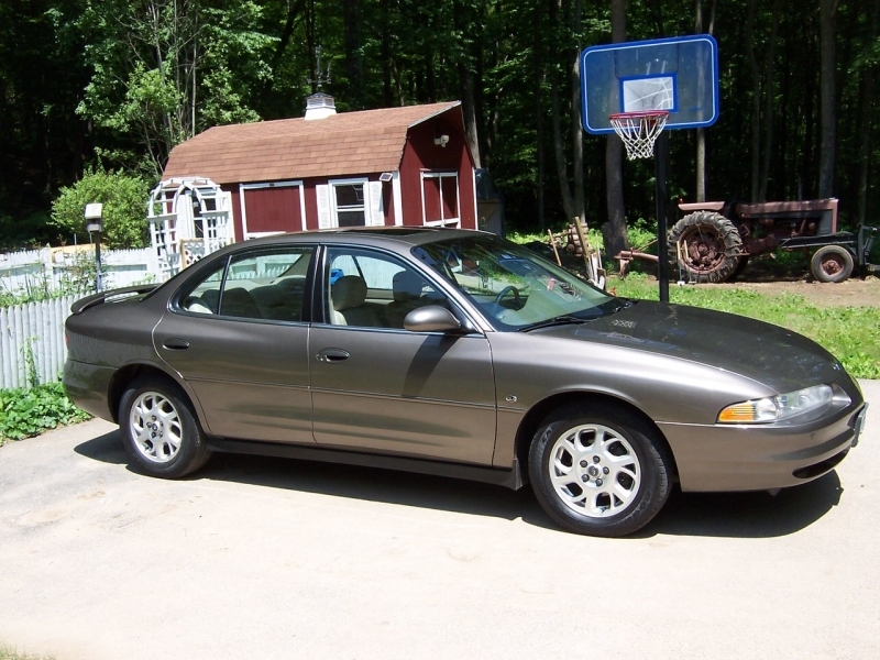 Travis' 2000 Oldsmobile Intrigue