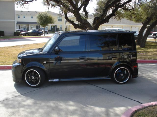 hatchetman012002 2006 Scion XB
