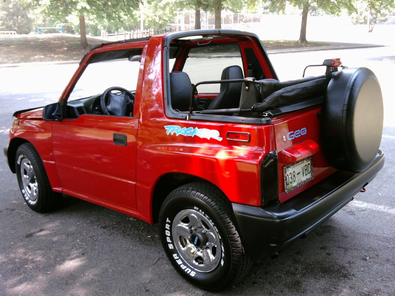 tfraser3 1996 geo trackersport utility convertible 2d specs photos modification info at cardomain. Black Bedroom Furniture Sets. Home Design Ideas