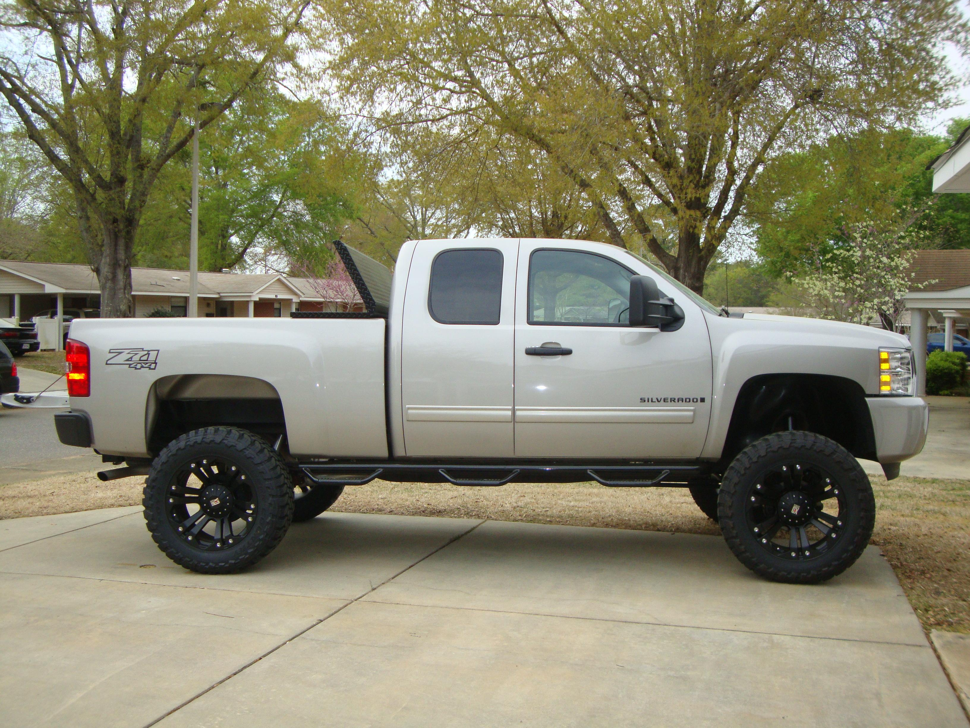 Morphix13 2009 Chevrolet Silverado 1500 Regular Cab Specs Photos