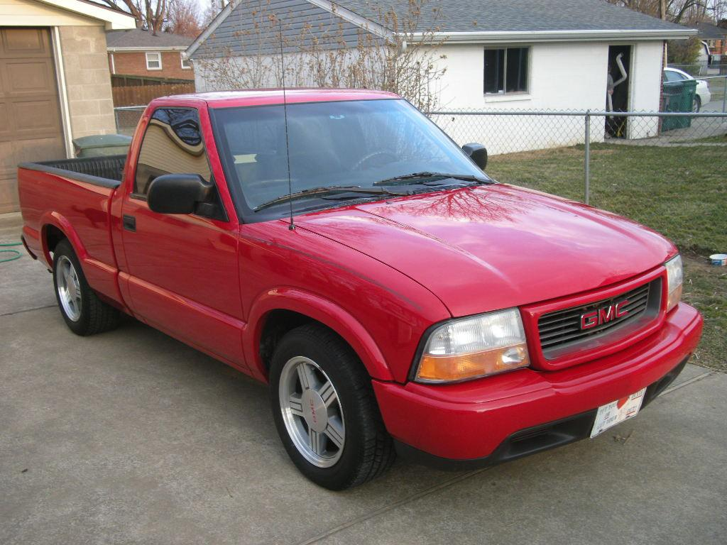 Stevblev's 2000 GMC Sonoma Club Cab In Louisville, KY