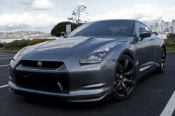 switch100s 2010 Nissan GT-R
