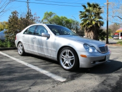 victorb623s 2004 Mercedes-Benz C-Class