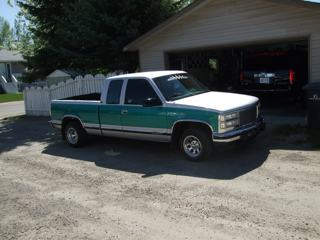 ryan bisons 2003 gmc sierra 1500 extended cab specs photos modification info at cardomain. Black Bedroom Furniture Sets. Home Design Ideas