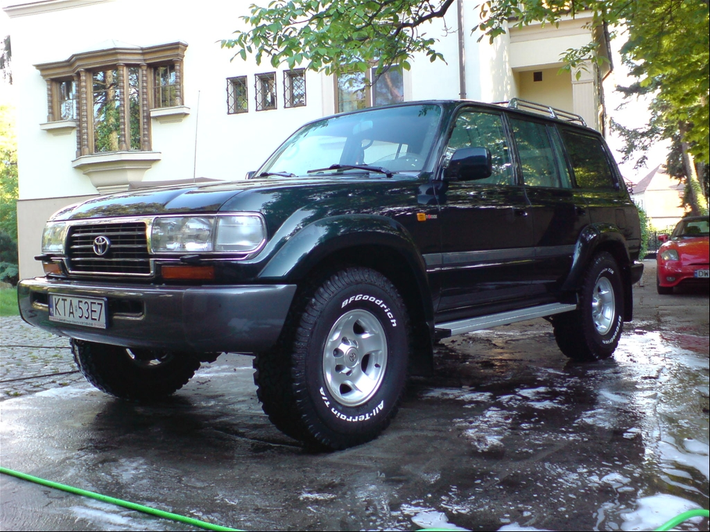 1997 Toyota Land Cruiser Supercharger http://www.cardomain.com/ride/3850079/1997-toyota-land-cruiser/page-3/