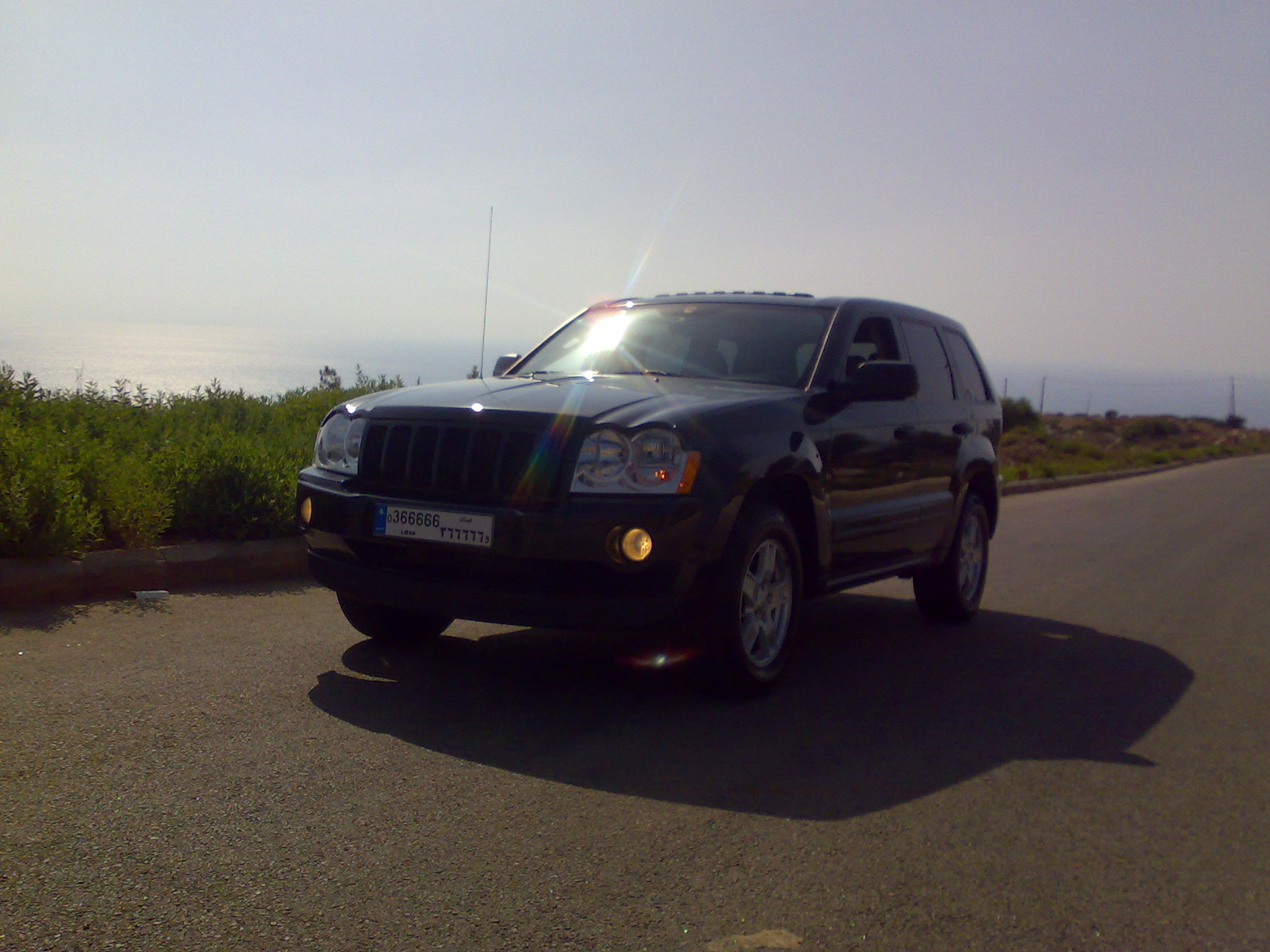 wazzwaziko 2005 Jeep Grand Cherokee 14399319