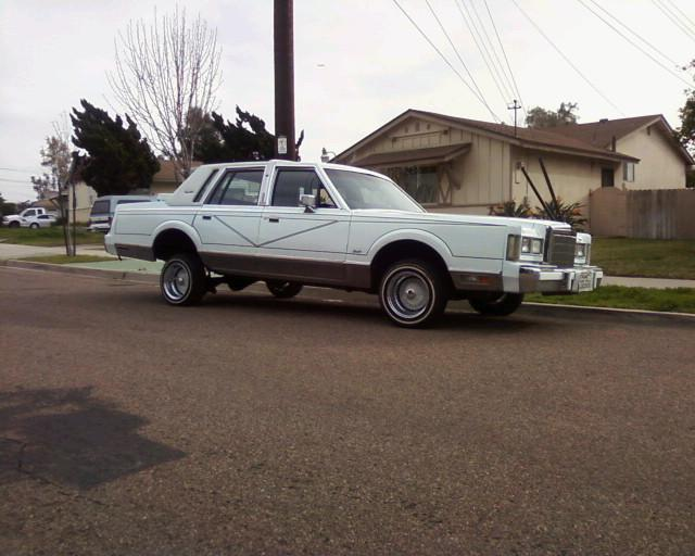 1988+lincoln+town+car+lowrider