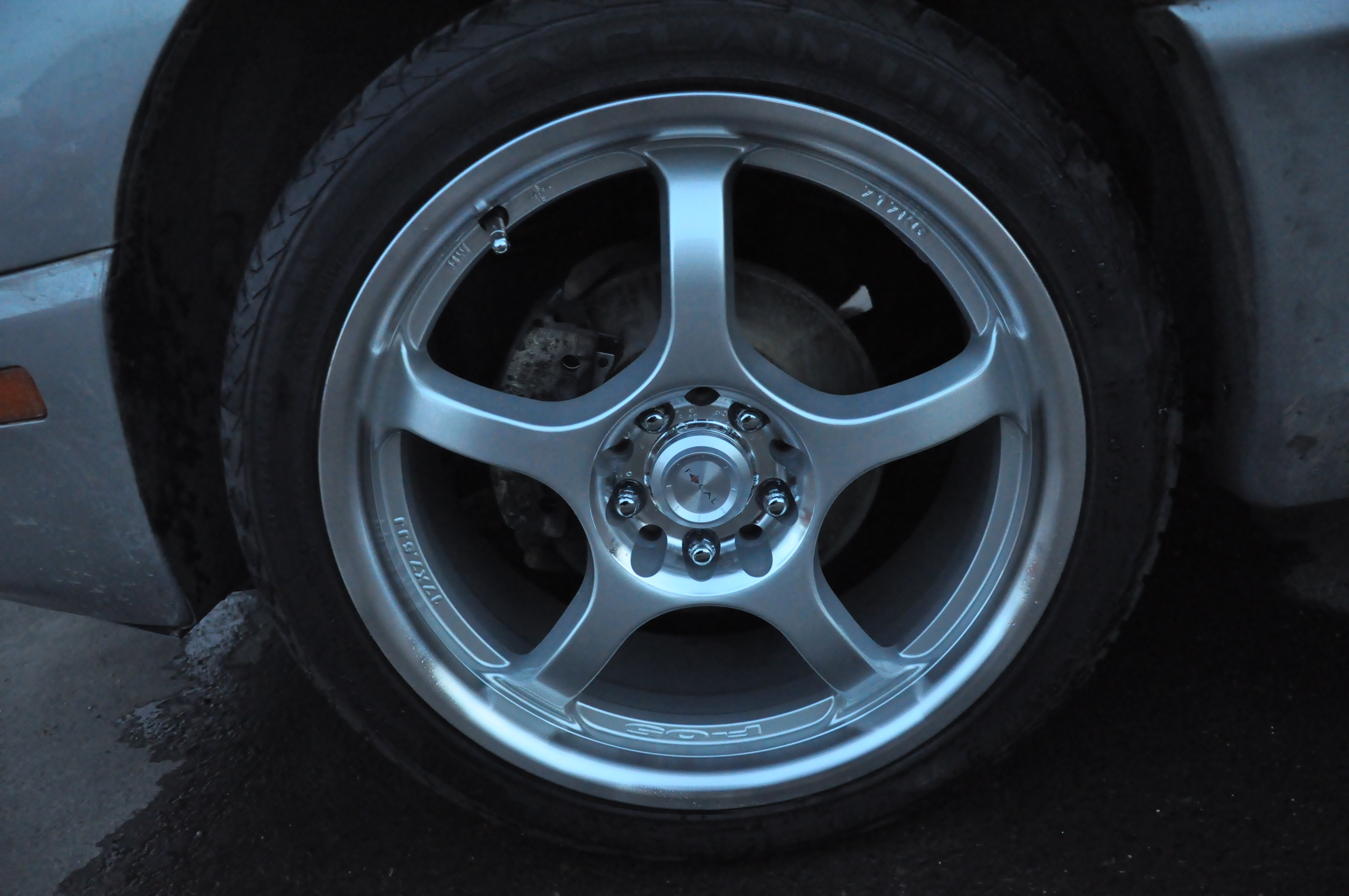 Another soccerball 2004 Pontiac Sunfire post... - 14405844