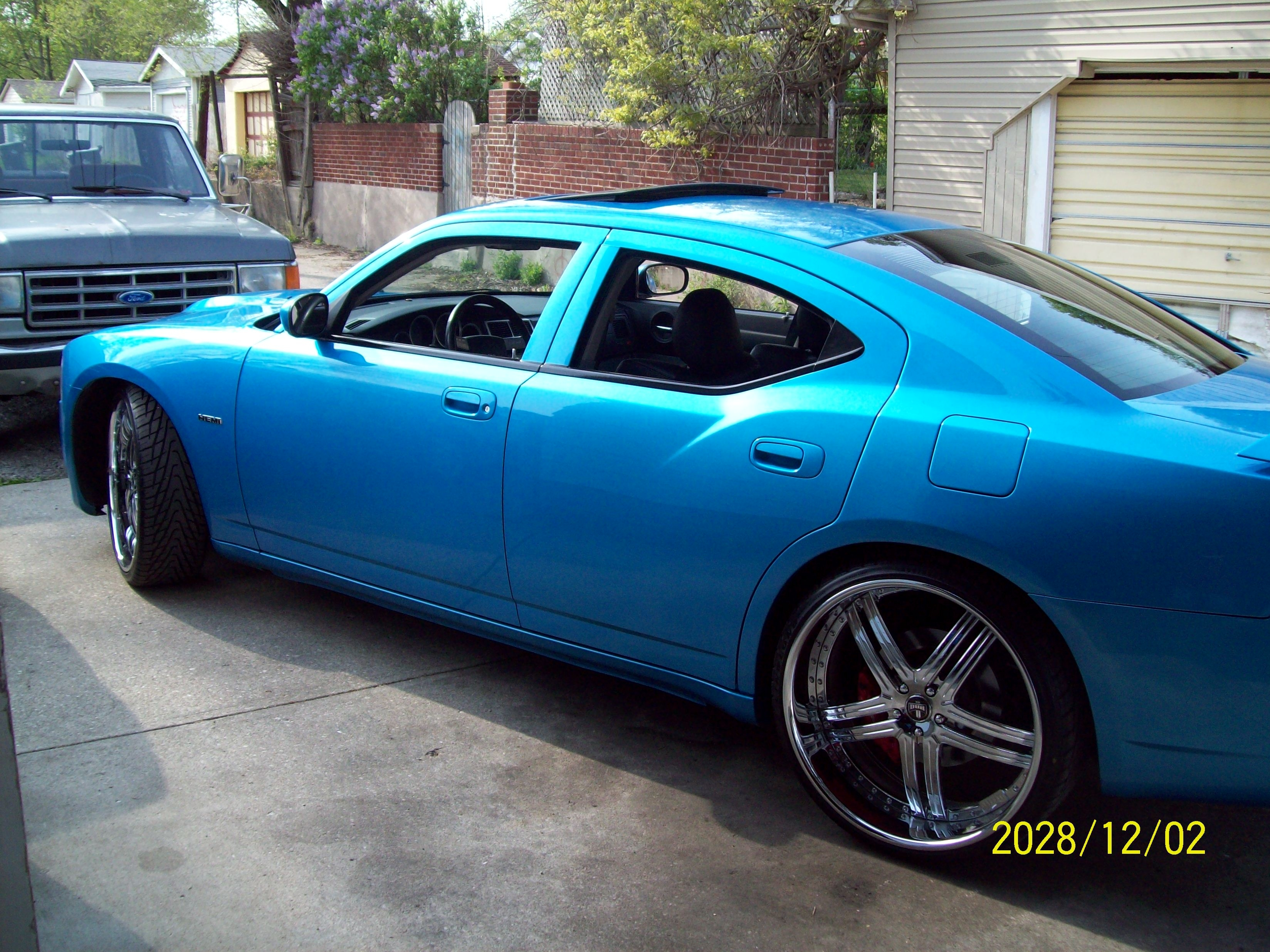 Another yarbroj1 2006 Dodge Charger post... - 14408763
