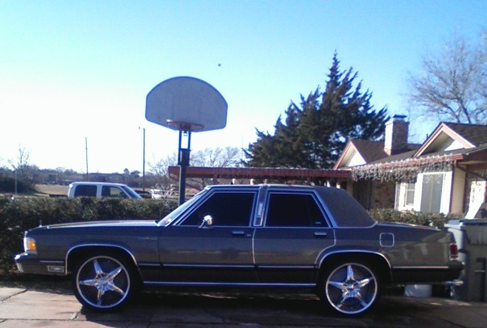DCHOTBOY 1991 Mercury Grand MarquisLS Sedan 4D Specs Photos