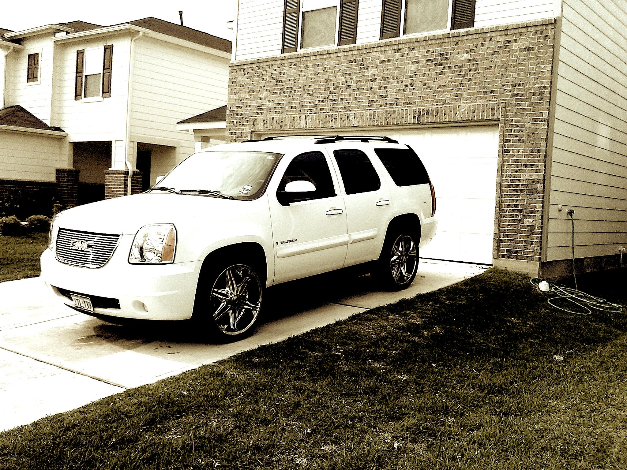 Another b_white713 2008 GMC Yukon post... - 14411238