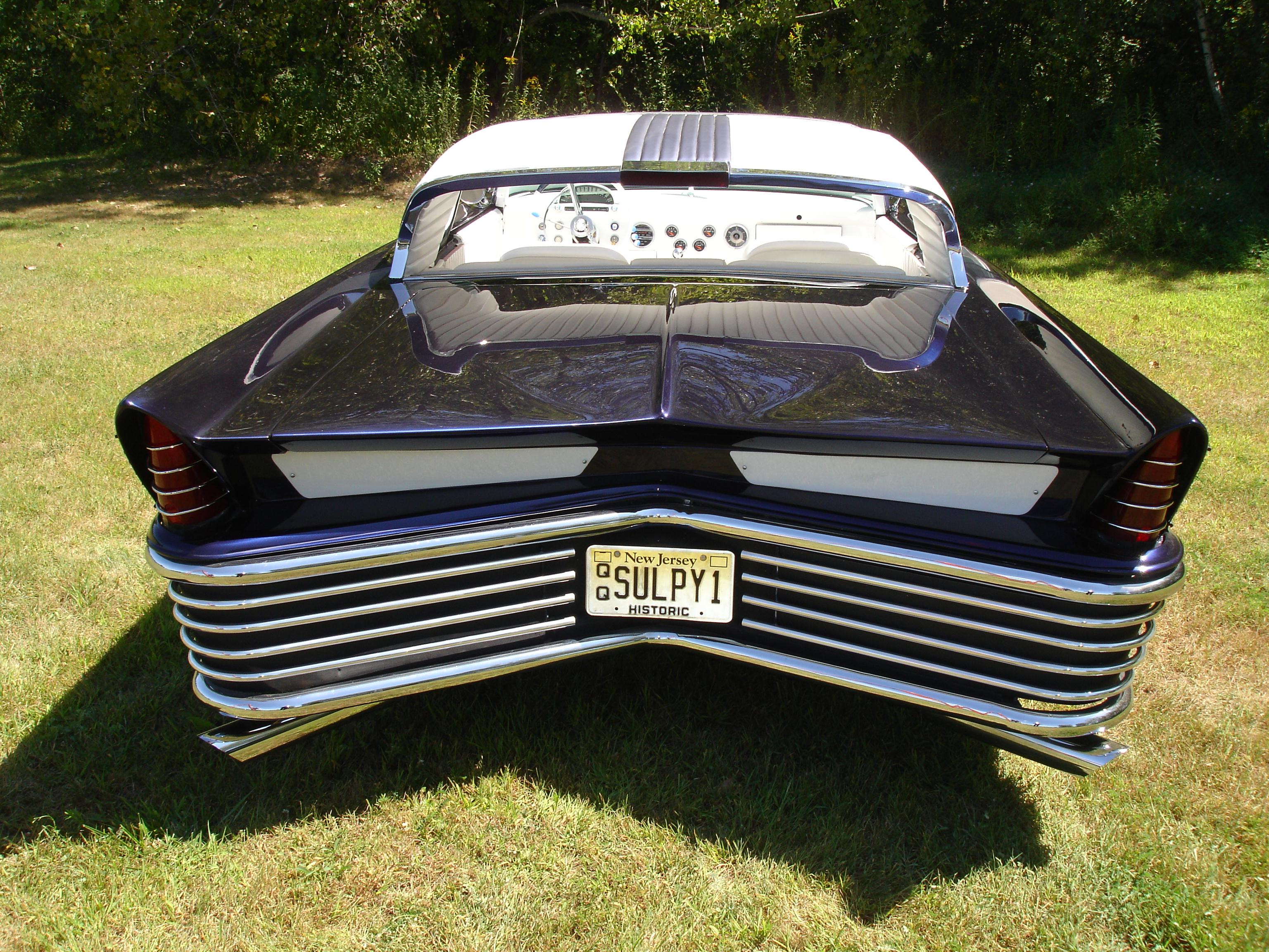 1957 Chrysler Saratoga