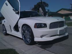 J-B00GIE's 2007 Dodge Charger