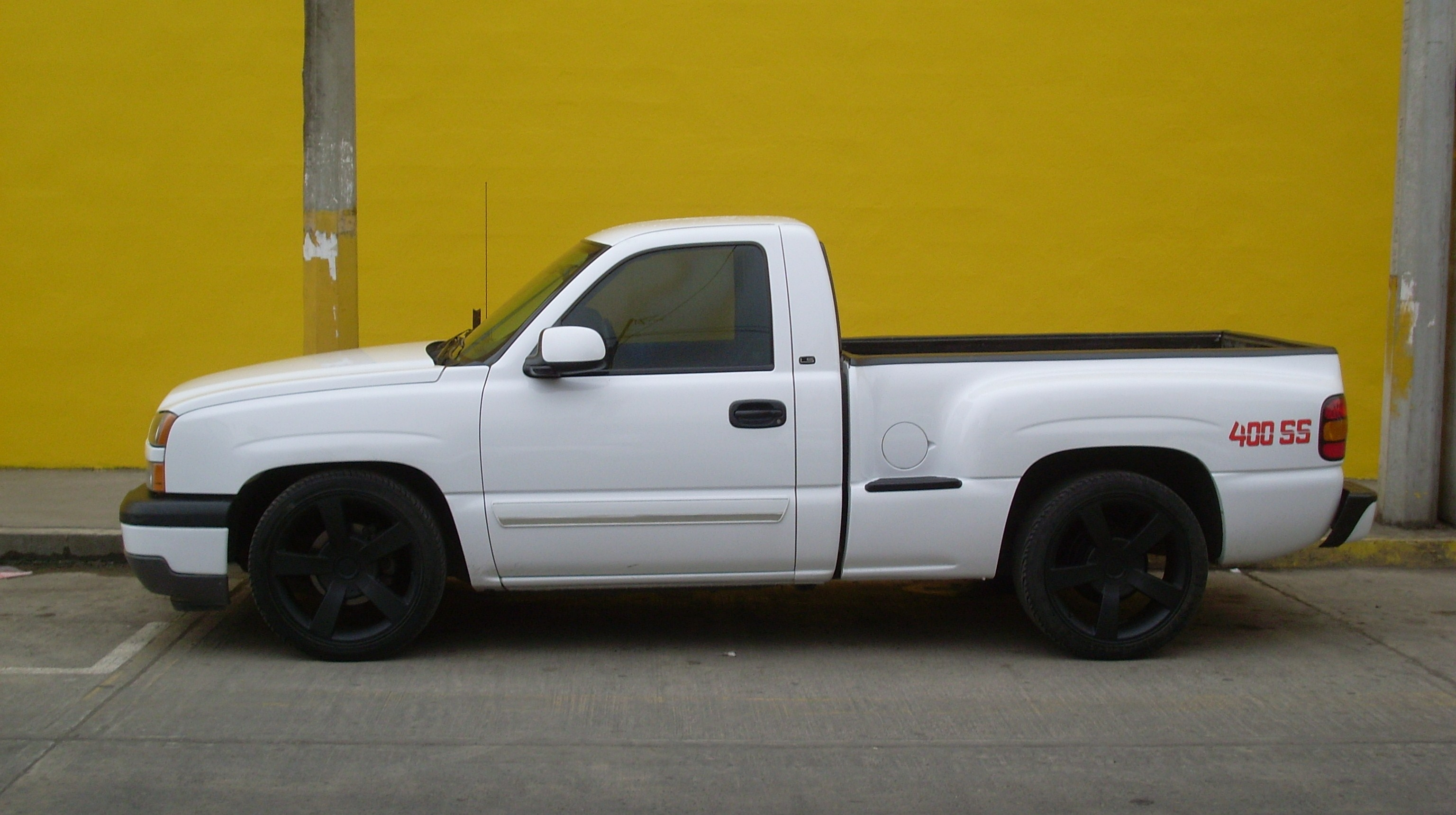 400ssgarces 2005 Chevrolet Silverado 1500 Regular Cab 14427437