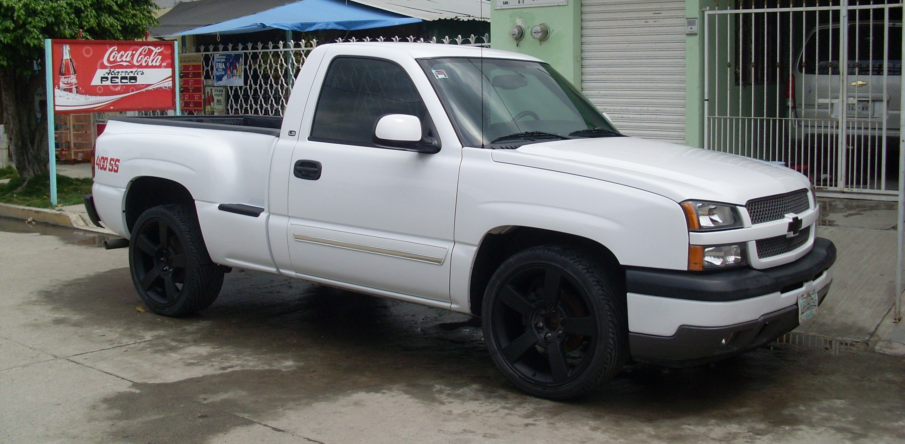 400ssgarces 2005 chevrolet silverado 1500 regular cab specs photos modification info at cardomain. Black Bedroom Furniture Sets. Home Design Ideas