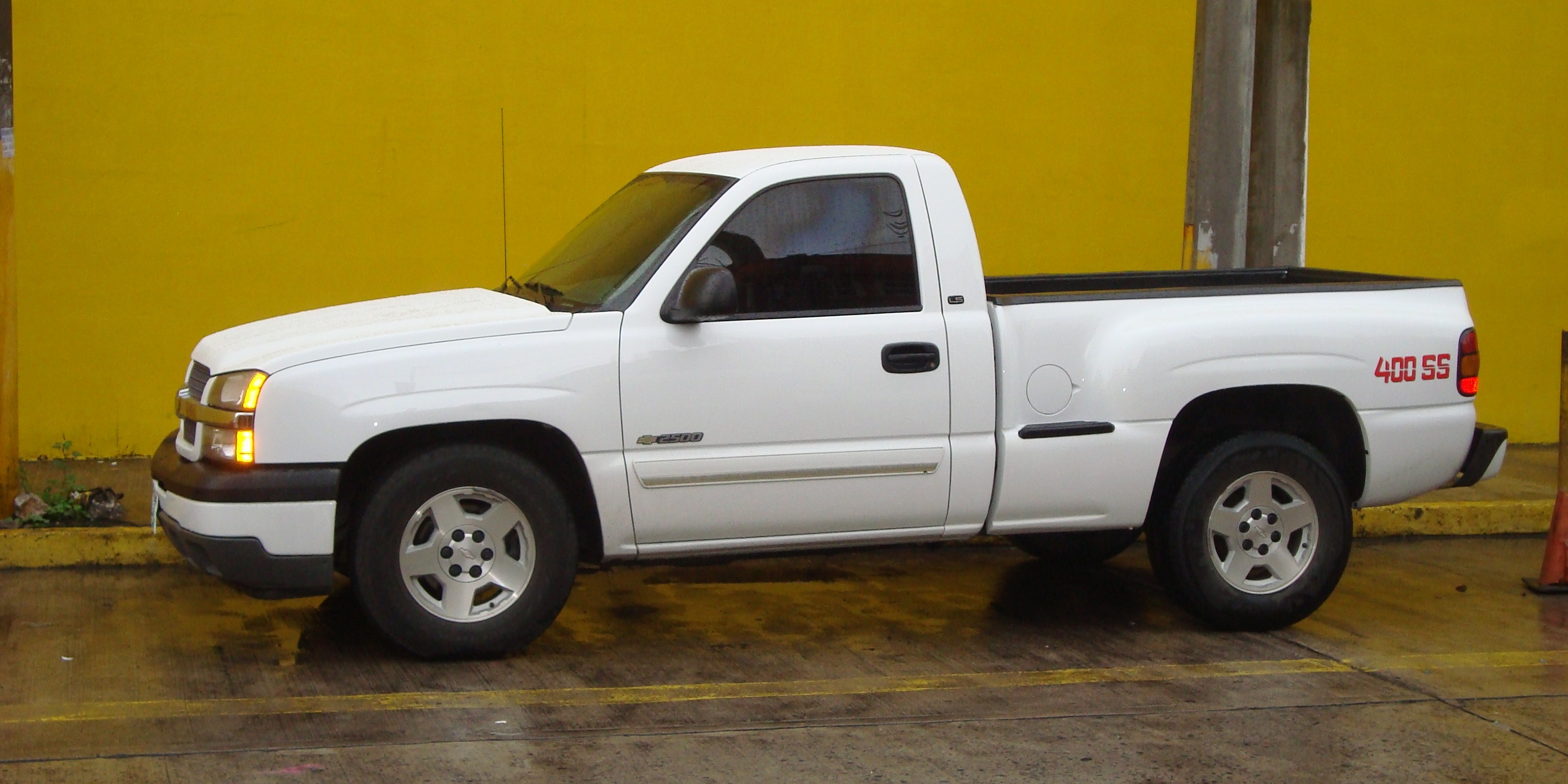 400ssgarces 2005 Chevrolet Silverado 1500 Regular Cab 14427439