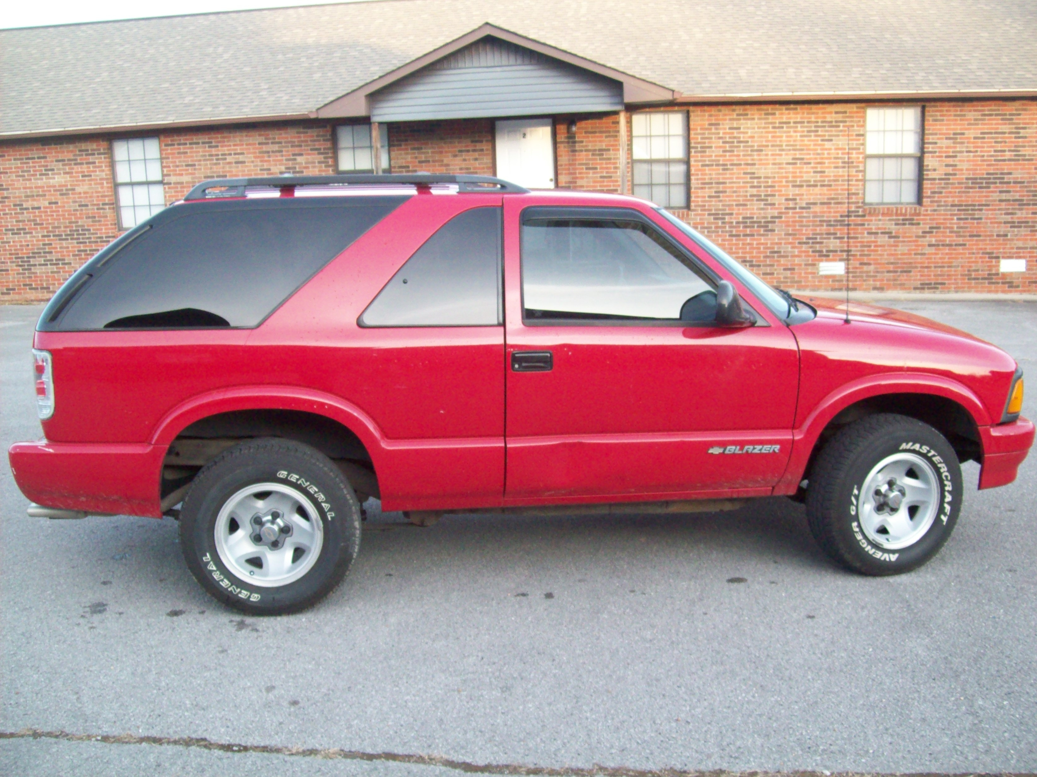 livinlow301 1996 chevrolet s10 blazer specs photos modification info at cardomain cardomain