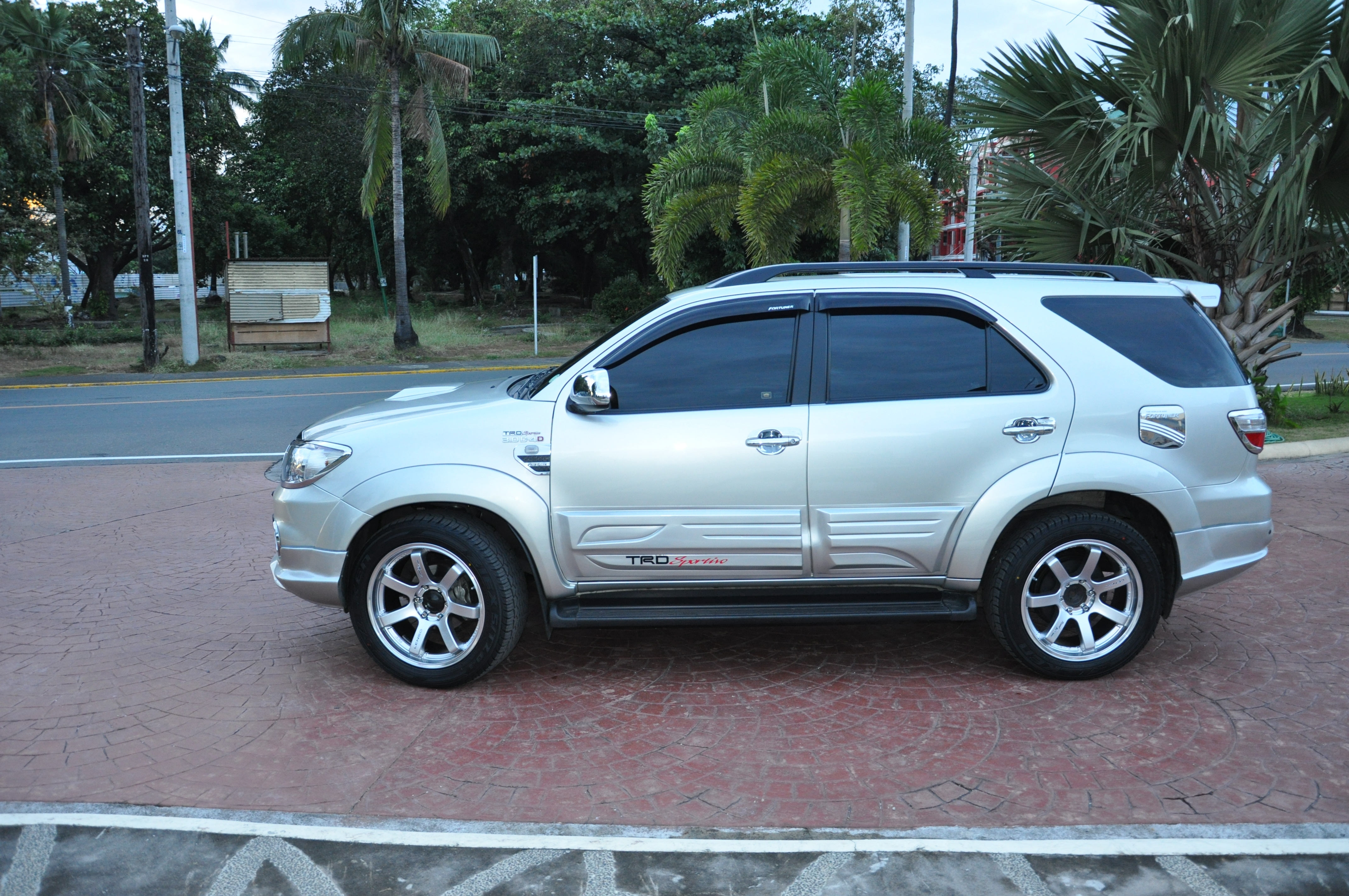 2010 toyota fortuner 2010 toyota fortun Car Tuning
