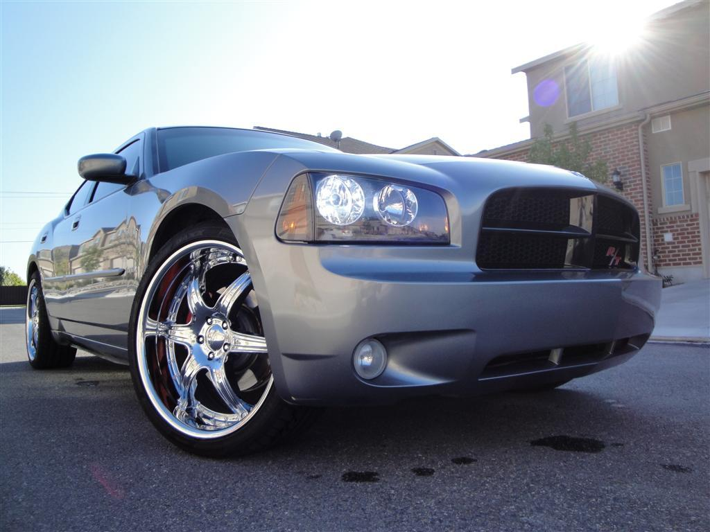 ChargerWith22s 2006 Dodge Charger
