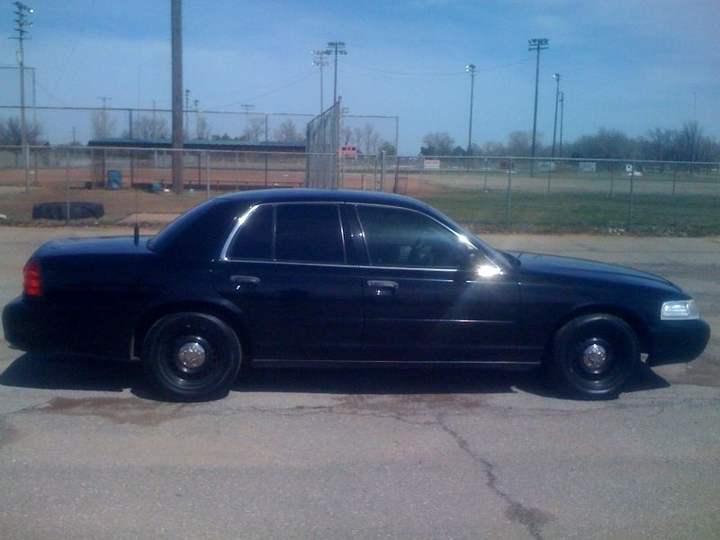 Another rowdyrebel01 2000 Ford Crown Victoria post... - 14431746