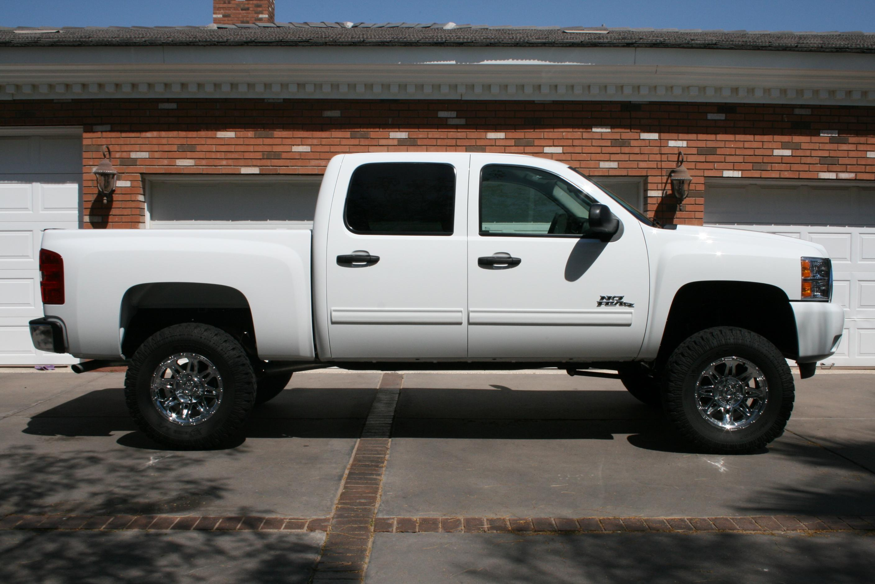 hmntrch 2009 chevrolet silverado 1500 crew cab specs. Black Bedroom Furniture Sets. Home Design Ideas