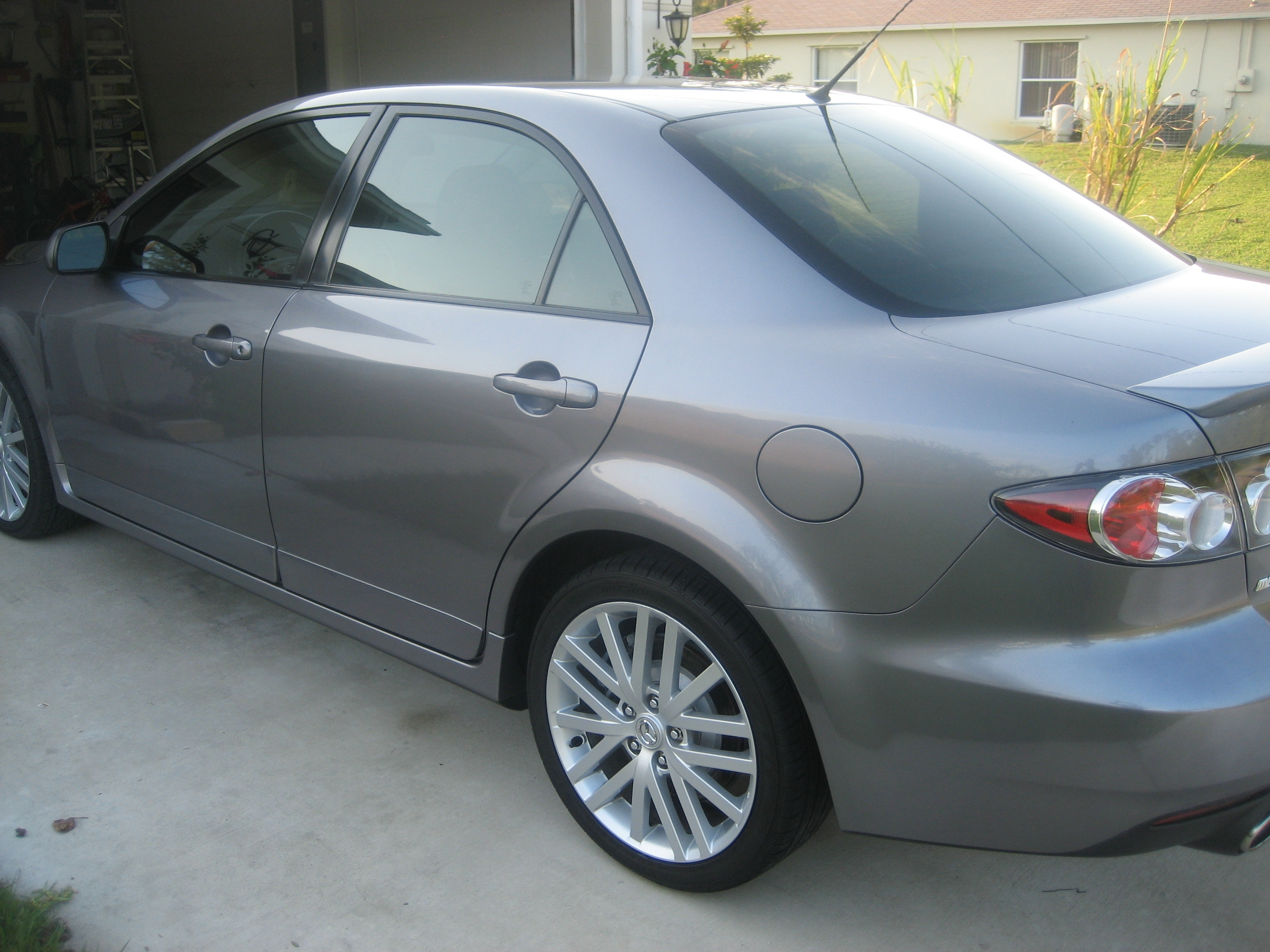 Another mnthny4 2006 Mazda MAZDA6 post... - 14435124