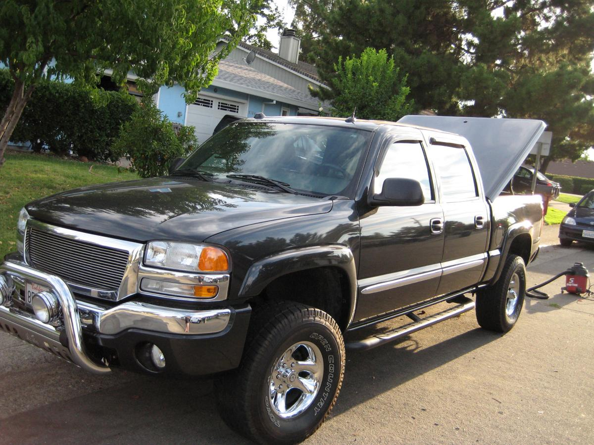 waykewldude 2004 gmc sierra 1500 crew cab specs photos modification info at cardomain. Black Bedroom Furniture Sets. Home Design Ideas