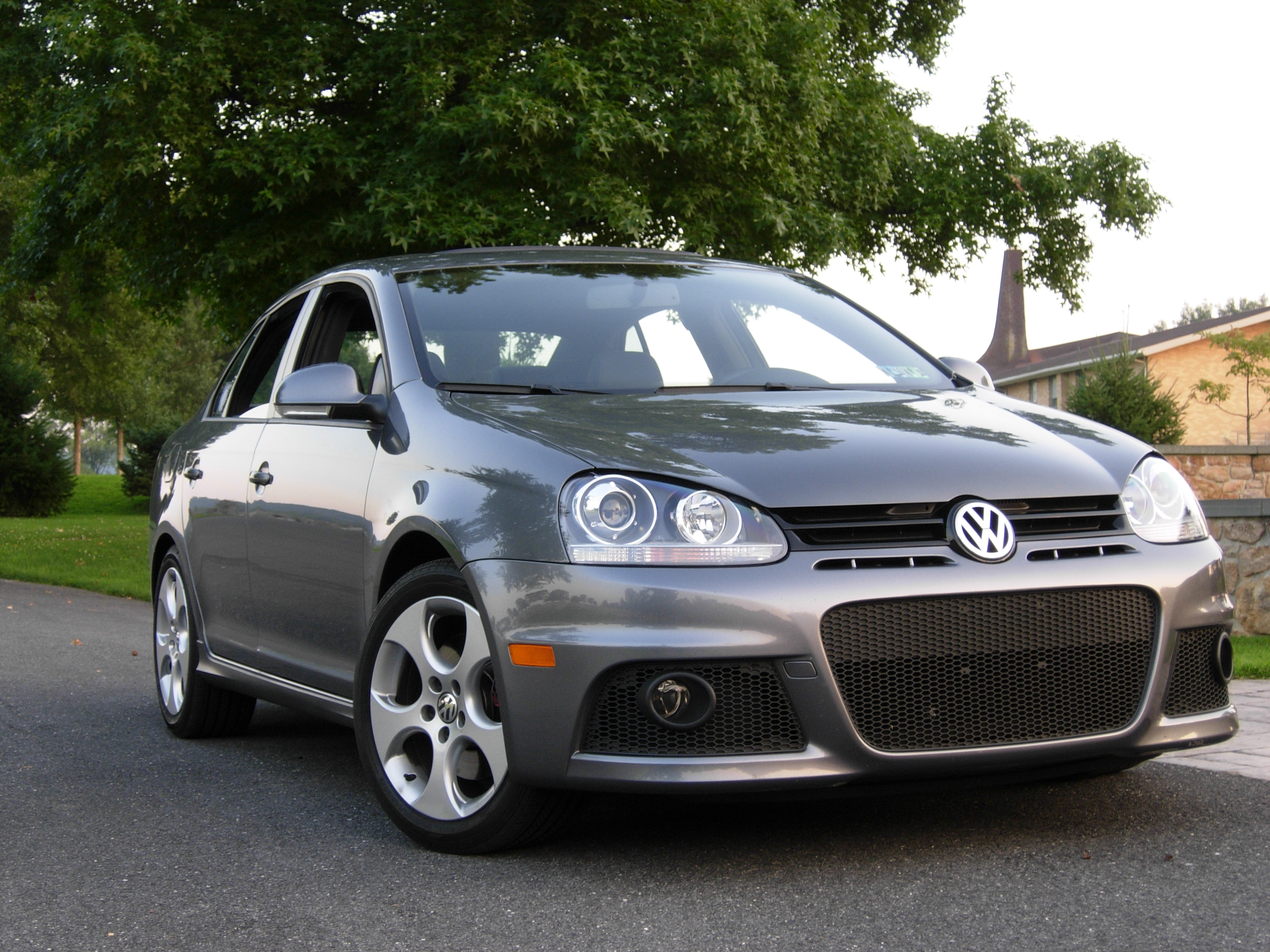 Kidversion1 2008 volkswagen gli2 0t sedan 4d specs photos for Wyoming valley motors vw service