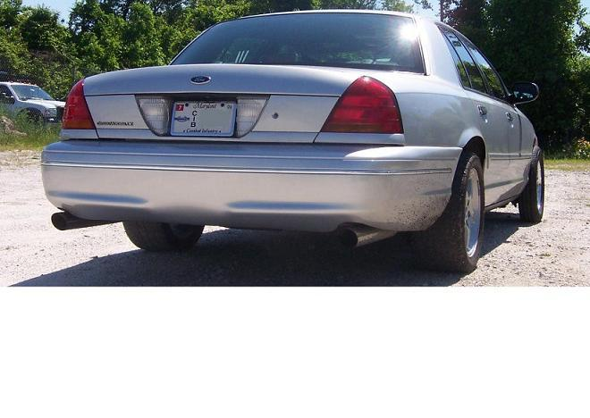 no 2003 Ford Crown Victoria