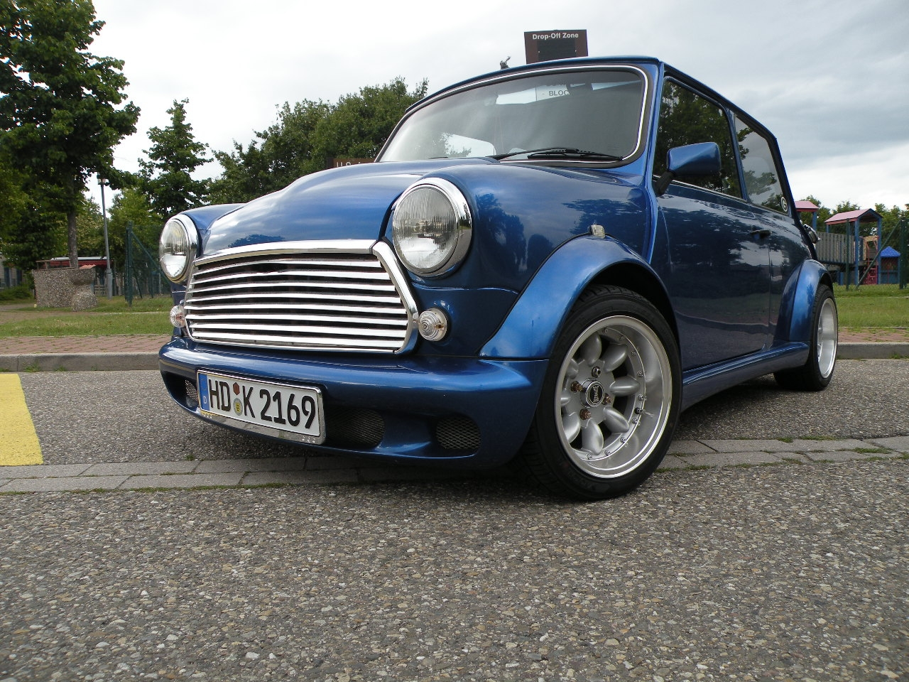Another MOMORACER06 1980 MINI Cooper post... - 14447024
