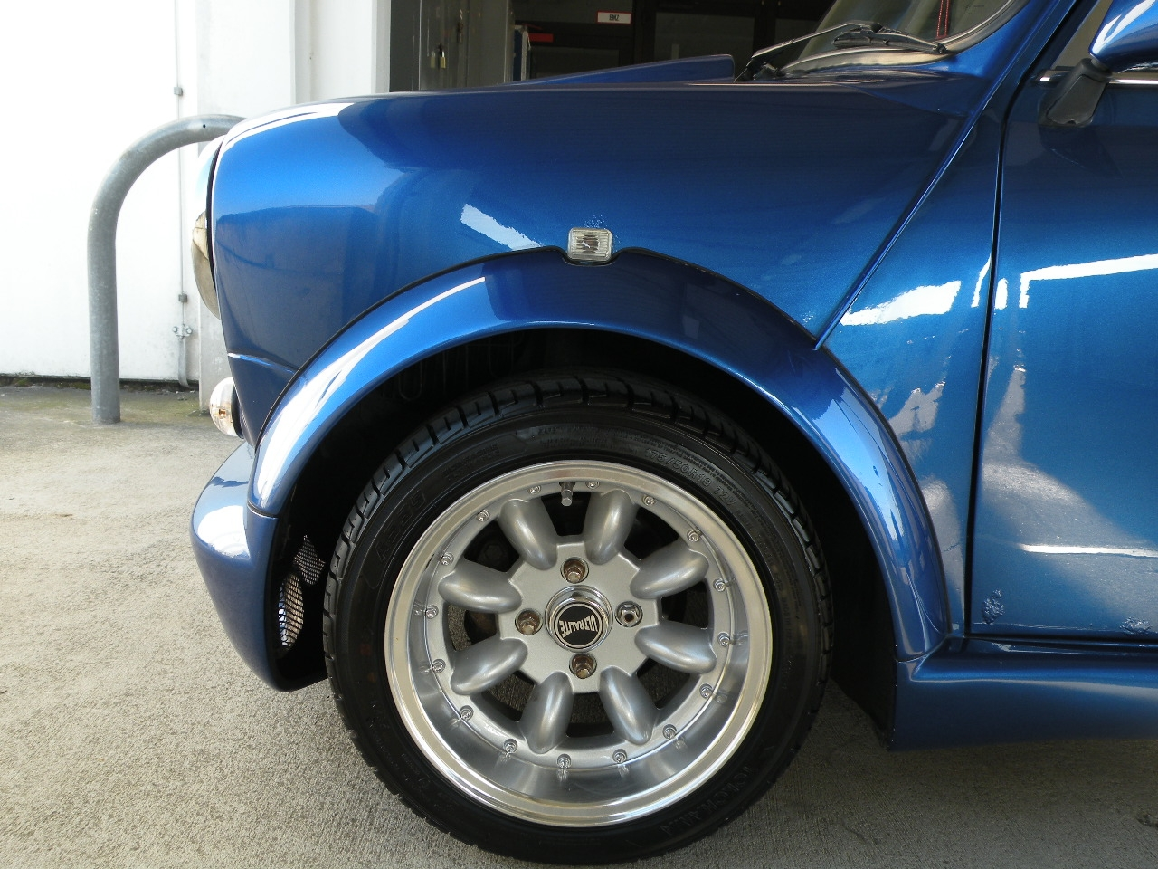 Another MOMORACER06 1980 MINI Cooper post... - 14447052