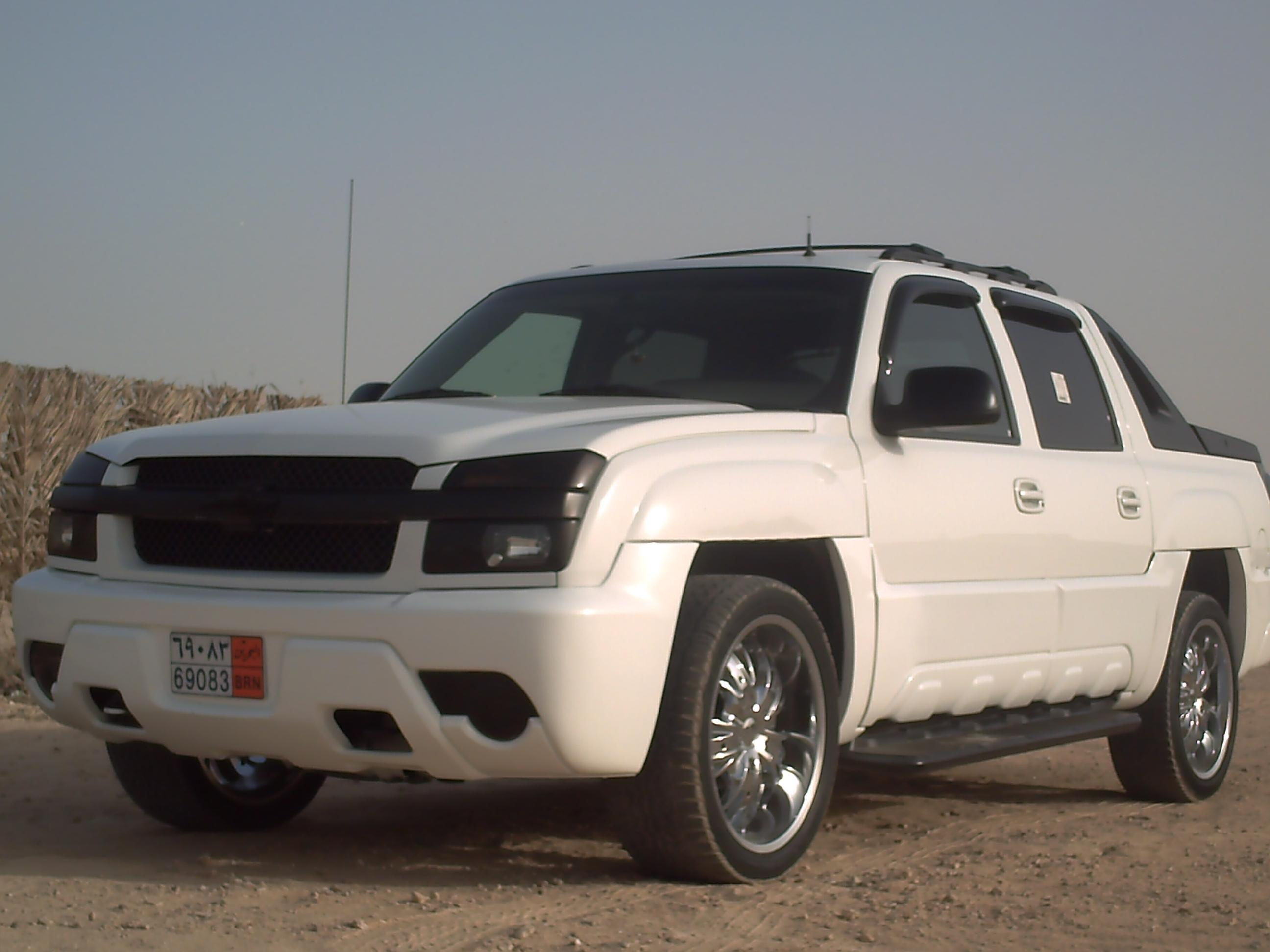 alialmahmeed10 2002 chevrolet avalanche specs photos. Black Bedroom Furniture Sets. Home Design Ideas