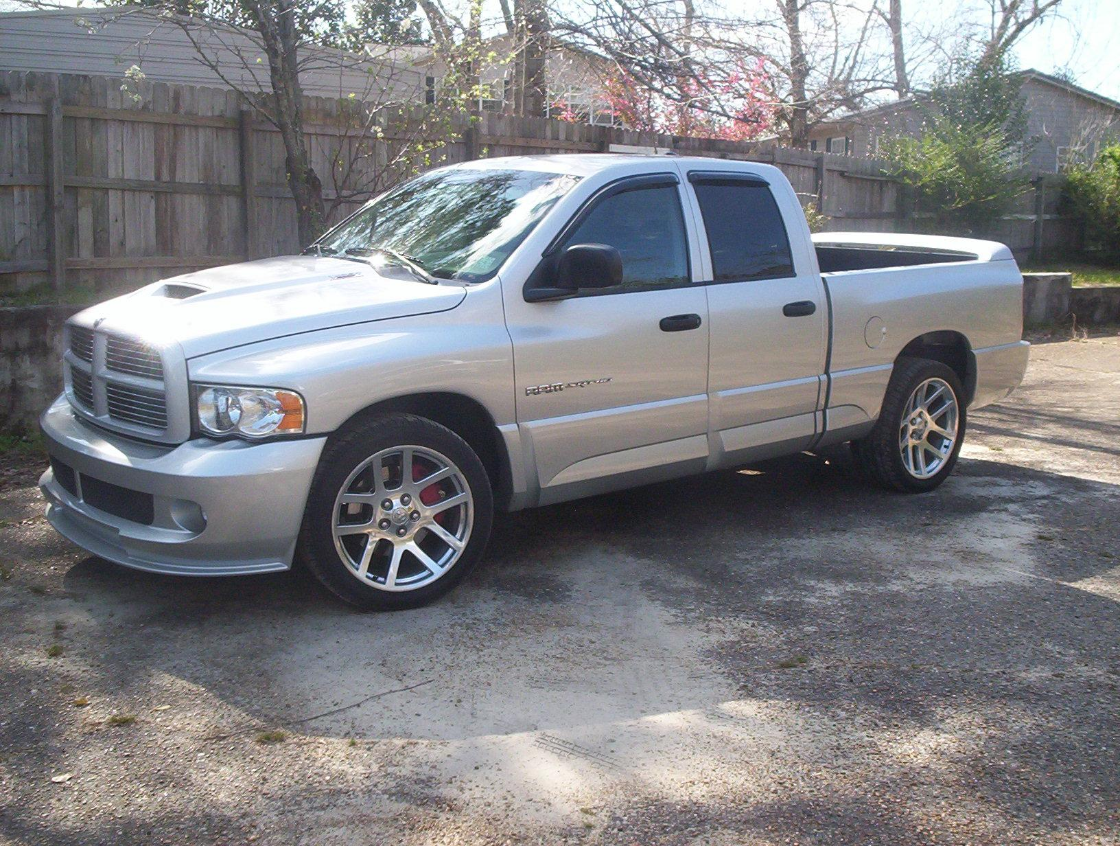 vipertruck1 2005 dodge ram srt 10 specs photos modification info at cardomain. Black Bedroom Furniture Sets. Home Design Ideas