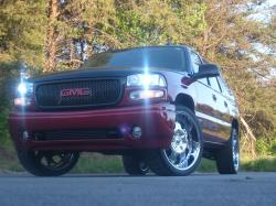 Tracy1 2004 GMC Yukon Denali