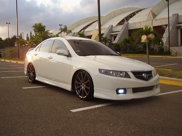 chayanne 2005 acura tsxsedan 4d 39 s photo gallery at cardomain. Black Bedroom Furniture Sets. Home Design Ideas