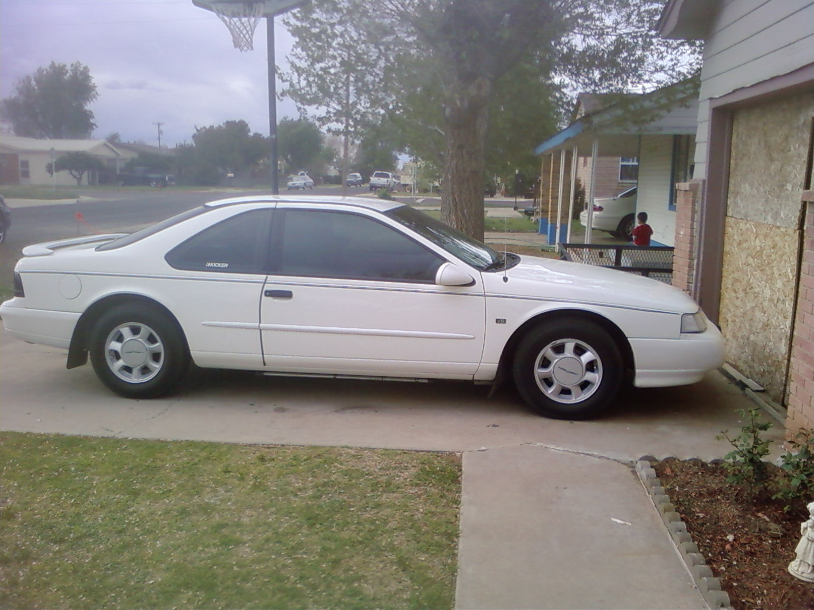 Another chrisperez21 1995 Ford Thunderbird post... - 14454283