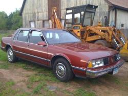 pageninetynine 1986 Oldsmobile Delta 88