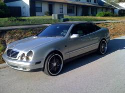 on2daNext1s 1999 Mercedes-Benz CLK-Class
