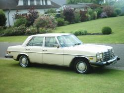 PHANOT 1974 Mercedes-Benz 300D