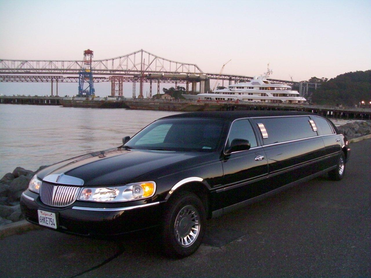 Wrightlimousine 2001 Lincoln Town Car Specs Photos Modification