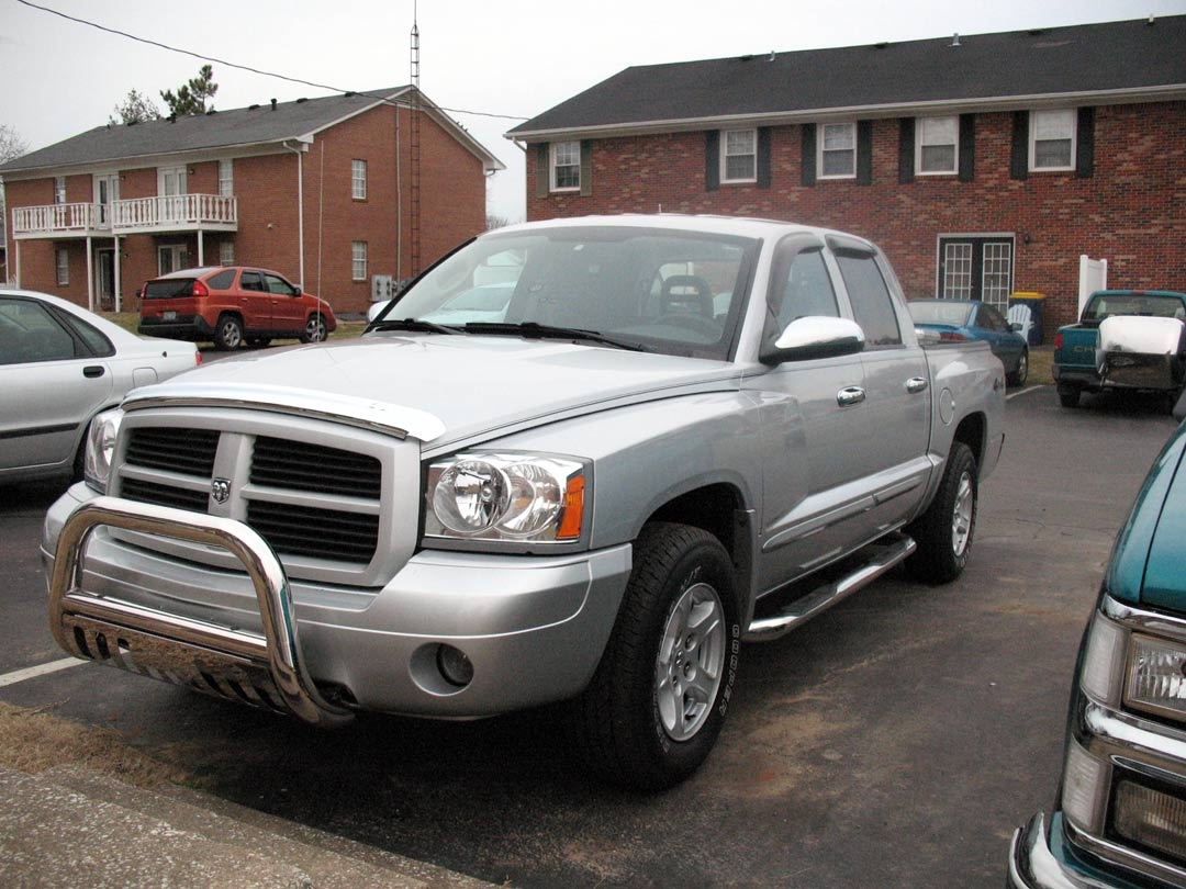 Mileo407 2006 Dodge Dakota Crew Cab Specs  Photos