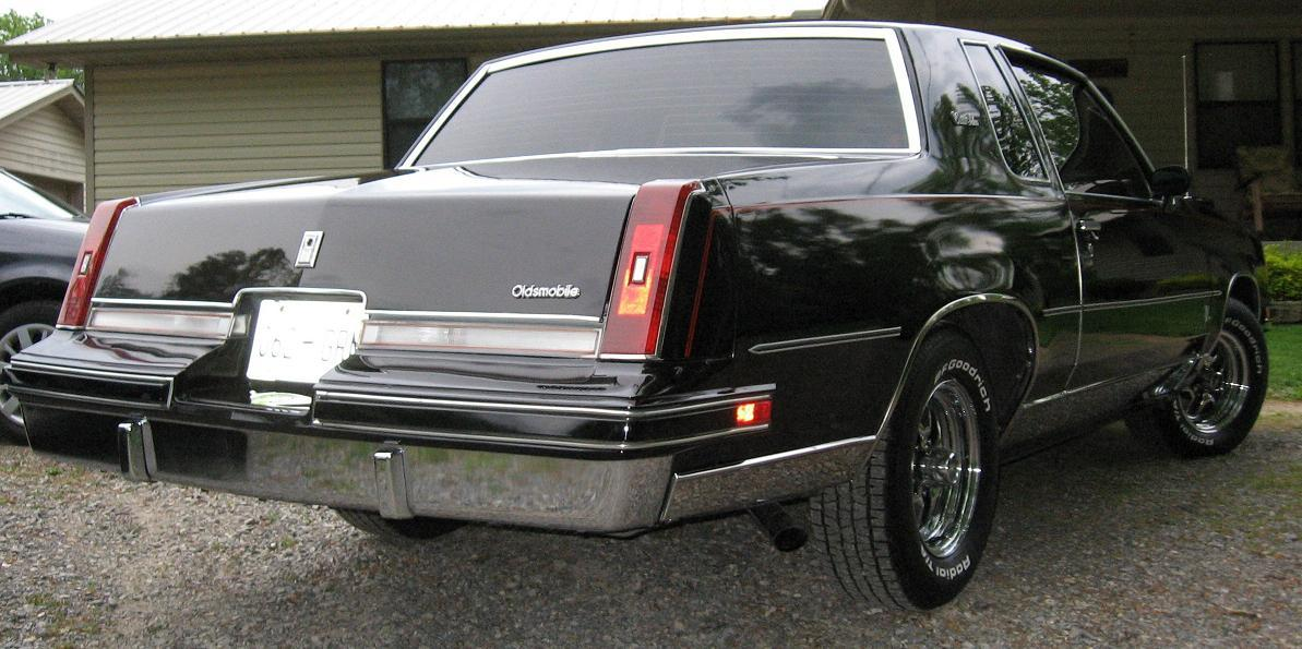 xxraventnxx's 1987 Oldsmobile Cutlass Salon