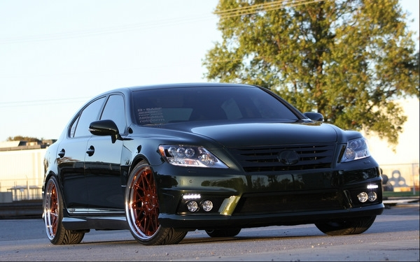 Fox Marketing 2011 Lexus LS600hL Headed to SEMA