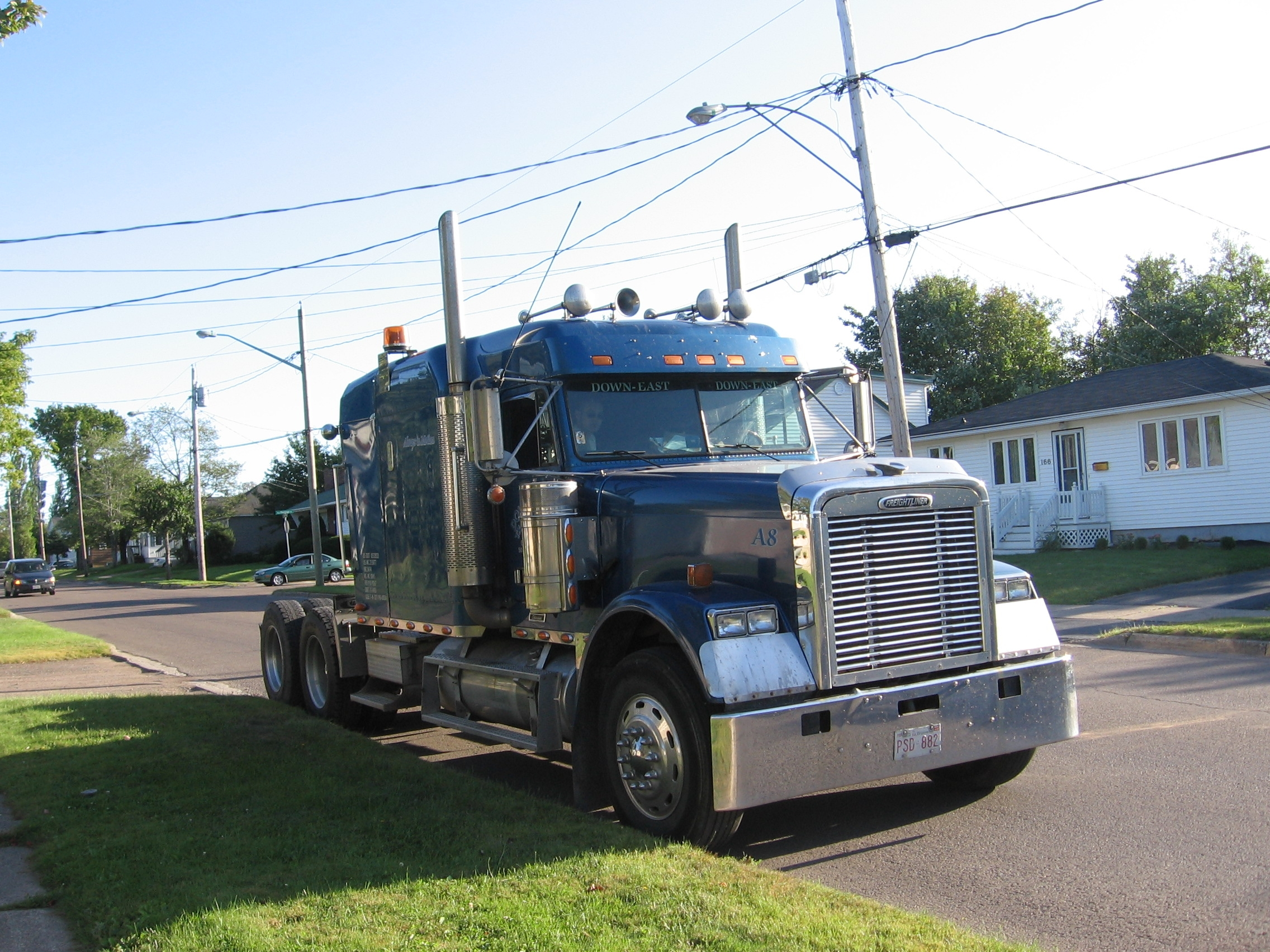 Another krazysunbird 2002 Freightliner Classic post... - 14475149