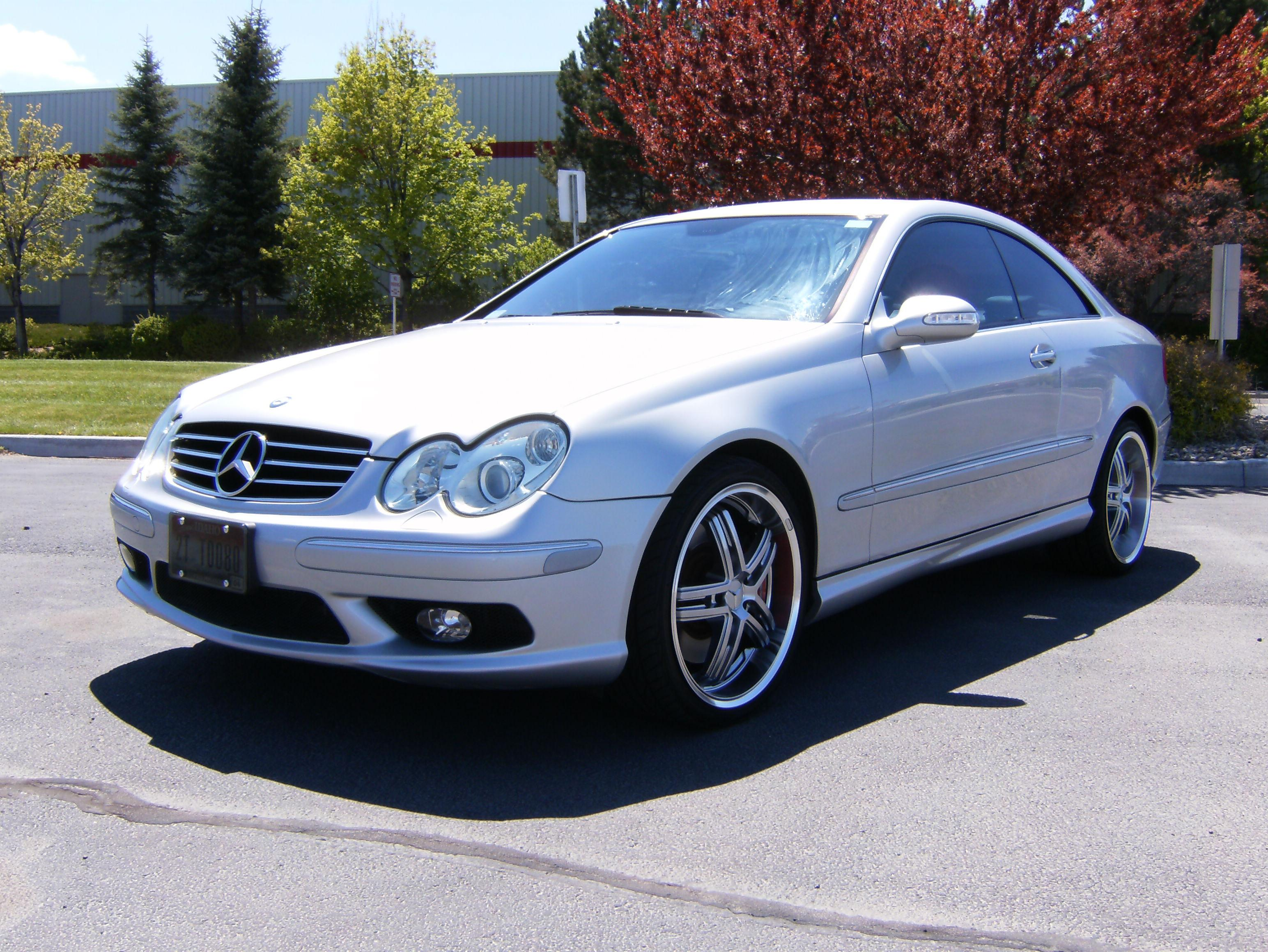 akararic 2004 mercedes benz clk classclk500 coupe 2d specs photos modification info at cardomain. Black Bedroom Furniture Sets. Home Design Ideas