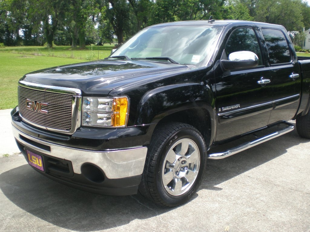 shortman lsu fan 2009 gmc sierra 1500 crew cab specs photos modification info at cardomain. Black Bedroom Furniture Sets. Home Design Ideas